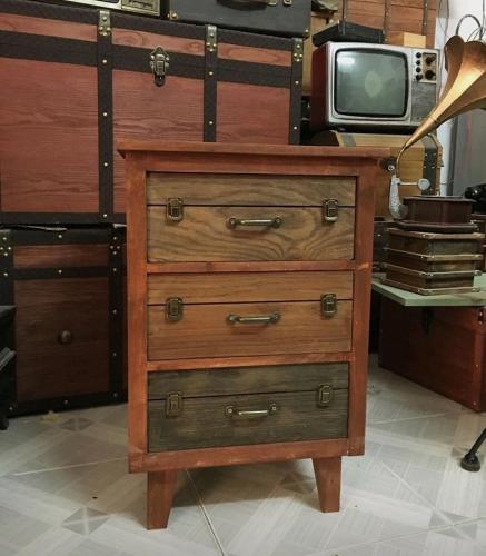 Tủ vintage