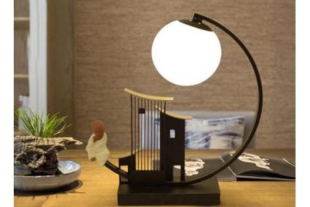 Đèn bàn trang trí cao cấp N006
