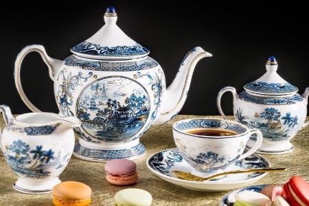 Bộ trà 1.3 L - Hoàng Cung - Hồn Việt Vàng