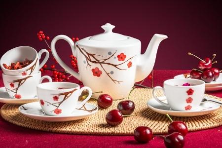 Bộ trà 0.65 L - Daisy - Hồng Mai