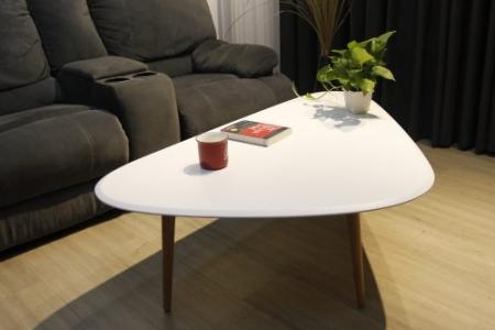 Bàn sofa TRIANGLE