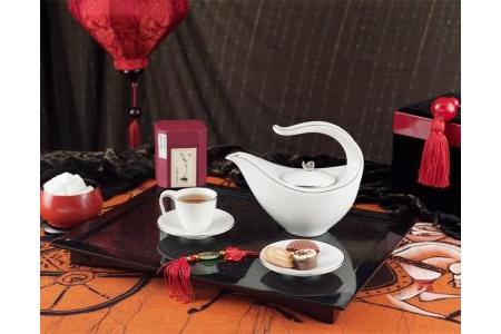 Bộ trà 0.45 L - Anh Vũ - Chỉ Bạch Kim