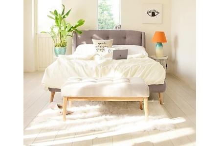 BED NỤ HÔN PARIS (BELGIUM)