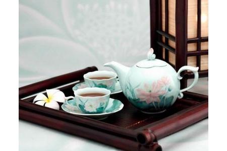 Bộ trà 0.7 L - Sen Màu