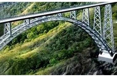 Cầu đường sắt, kỳ quan thế giới trên cao