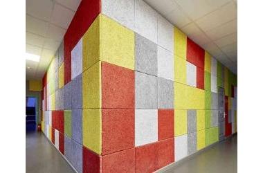 Những bức tường đầy màu sắc với vật liệu tiêu âm