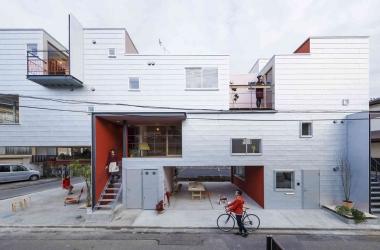 Kết hợp 7 căn hộ để có góc nhìn đa chiều
