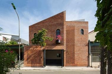 The Tiamo House - Mái ấm của nhiếp ảnh gia yêu thích gạch trần
