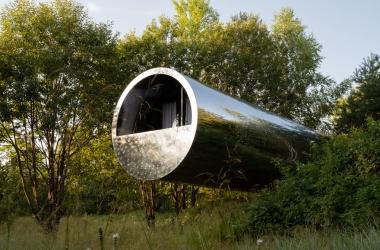 Căn nhà trong ống thép